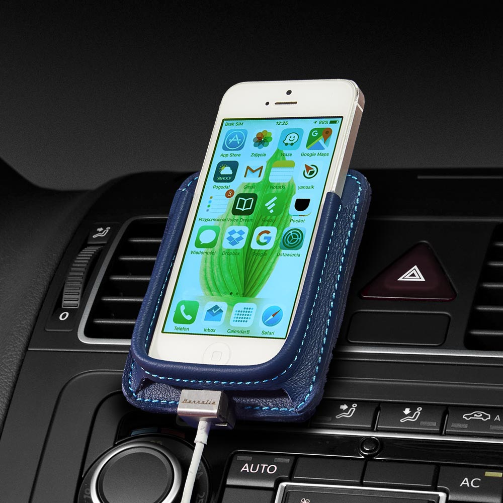 Berrolia No. 1 premium car mount for iPhone SE, iPhone 5s - Ocean Blue