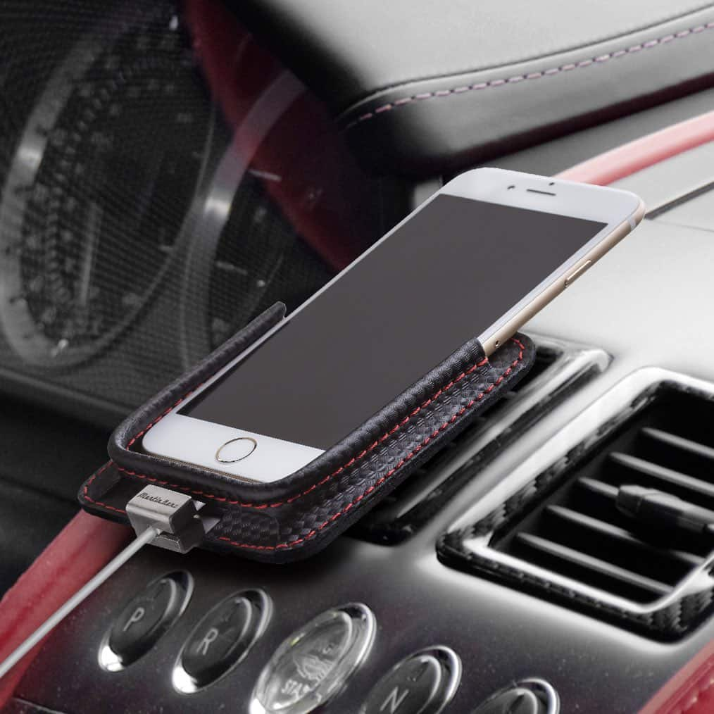 berrolia halterung f r iphone x xs iphone 8 iphone 7 carbon berrolia premium phone holders. Black Bedroom Furniture Sets. Home Design Ideas