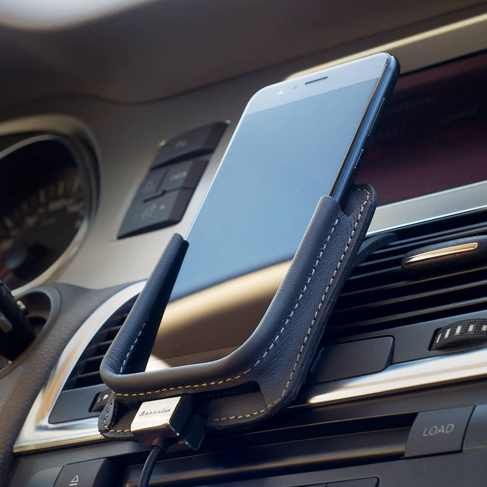 Berrolia No. 3 car holder for Android Size XL - Graphite